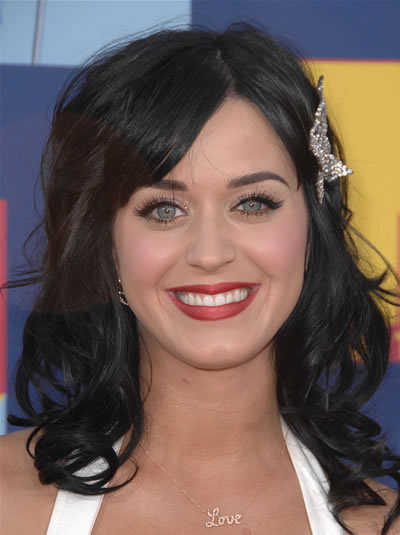 wavy medium length hairstyles. katy perry hairstyles. see