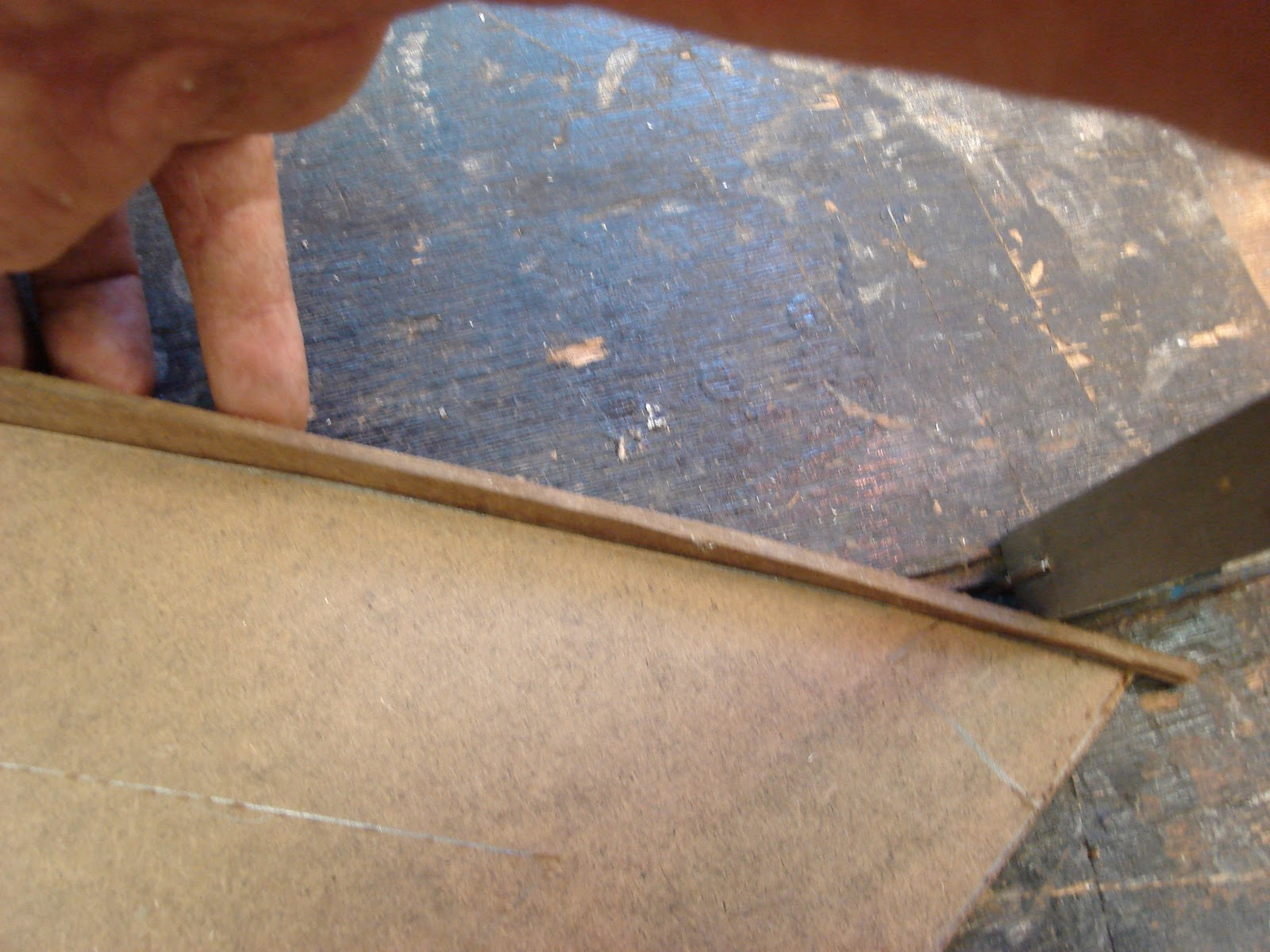 Tempered Hardboard Workbench ~ Gdzip build