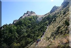 Senda a Larrasa y Cruz del Castillo