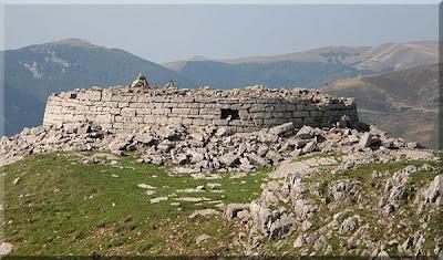 Base de la Torre de Urkulu
