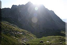 Pico de la Montañeta, a sus pies los ibons