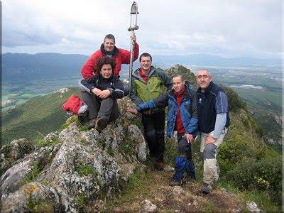 Txulato mendiaren gailurra 946 m. - 2010eko maitzaren 16an