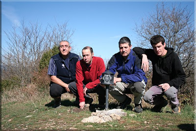 Busto mendiaren gailurra 976 m.  -  2009ko apirilaren 13an