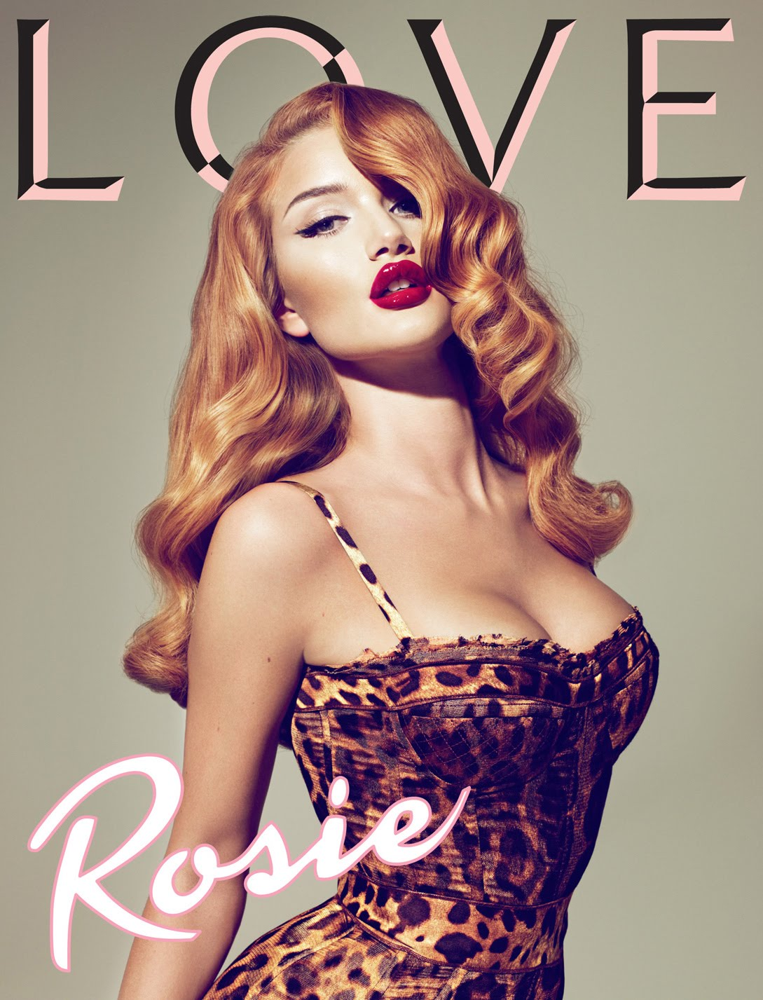 http://3.bp.blogspot.com/__0t4IBGvSCE/THHQ6pLpMyI/AAAAAAAAAdg/w6LRCSxUM3I/s1600/moda+september+issue+love+magazine+cover+rosie+huntington-whiteley+1.jpg