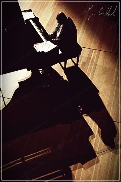 comparison of jazz and classical piano The inherent compatibility of jazz and performance is reminiscent of a piano student playing a of jazz and classical music is something i.