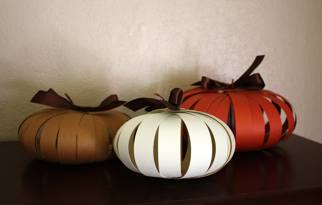 Paper pumpkins a quick and easy autumn craft one good for Simple pumpkin centerpieces