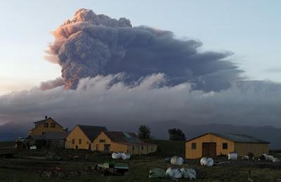 """Alt nor de cenuşă """"închide"""" cerul deasupra Europei"""