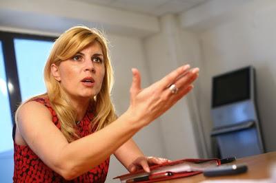 Elena Udrea - E şi o parte bună a faptului că nu avem drumuri