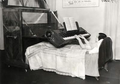 Pian pentru cei imobilizati la pat (UK, 1935)