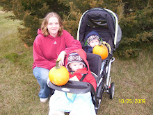 Ashton, Dylan, & mom