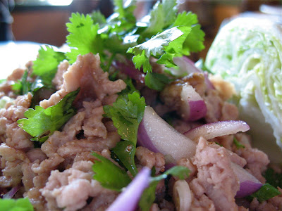 larb gai at Tup Tim Thai