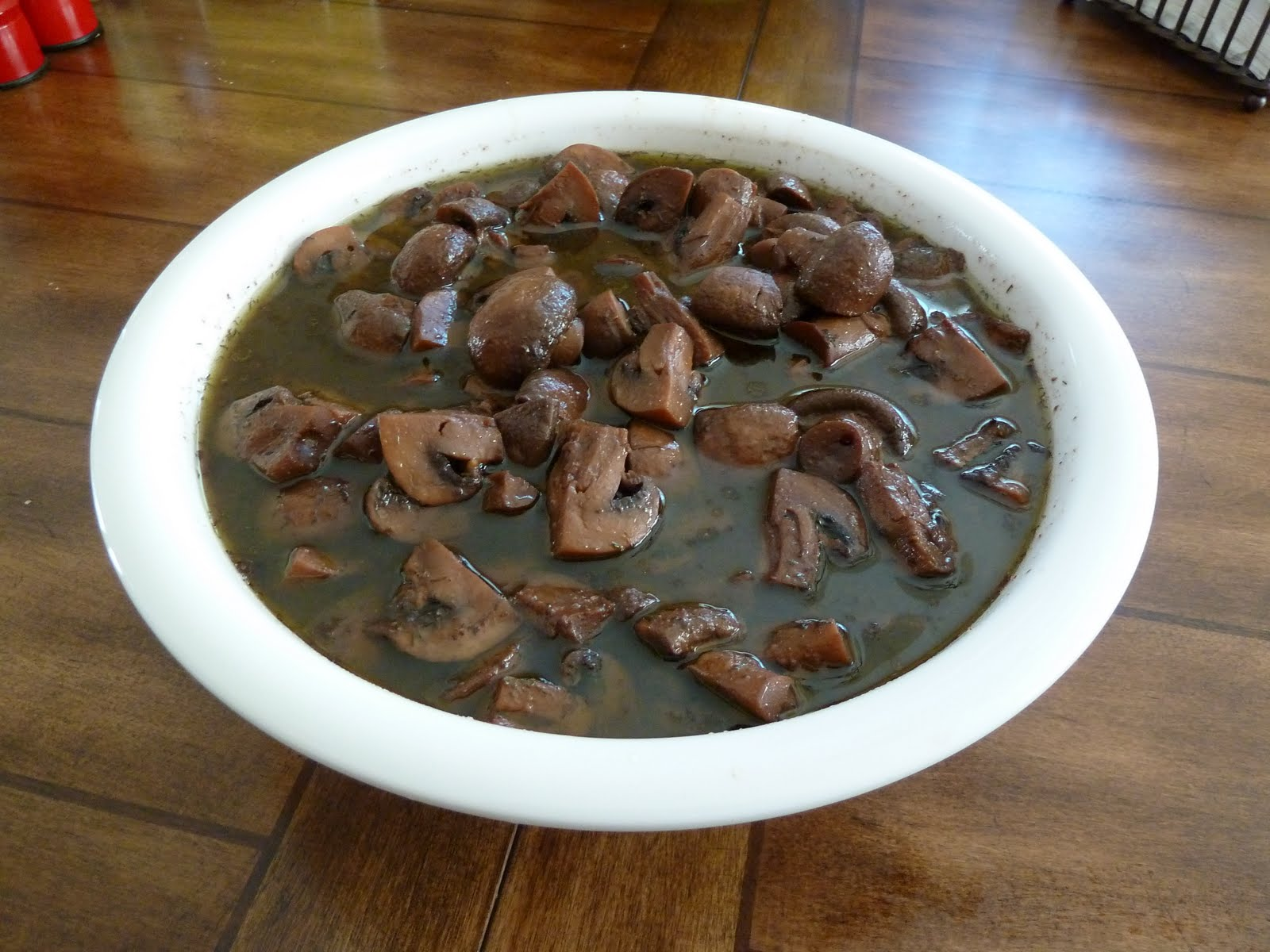 Marie's Recipes: PW's Burgundy Mushrooms