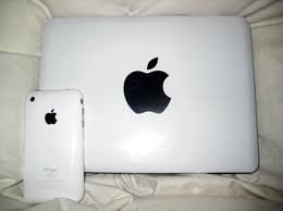 Apple MacBook MB881LL Laptop RP.4.000.000,HUB;0852 1677 7745
