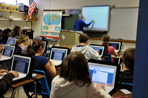 Modern Technology In Classroom ~ Tinaq rethinking my view on technology in the classroom