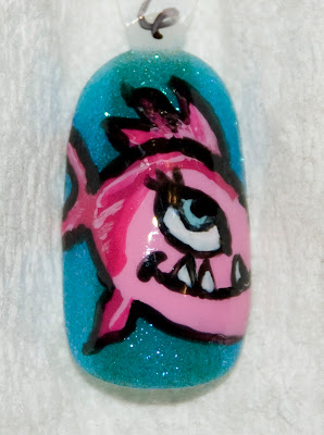http://3.bp.blogspot.com/__7HcryQlpB8/TUM3Cf6auoI/AAAAAAAAAwc/zLCdzBZpwDE/s400/nailart_monsterhigh_lagoonablue_2.jpg
