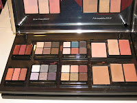 MAC, Magic, Mirth, Mischief, display, palettes, close-up