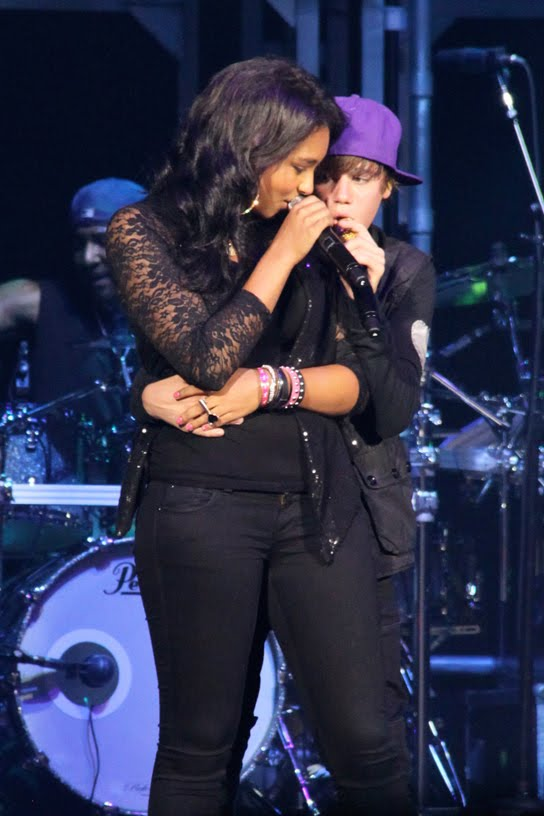 noticias sobre justin bieberJustin Bieber And Jessica Jarrell Kissing