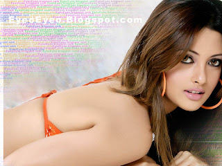 Riya sen is a popular south indian actress