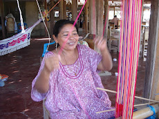 Wayuu India Working in the mochila strap