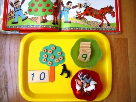 Ten Red Apples counting game, preschool apple theme