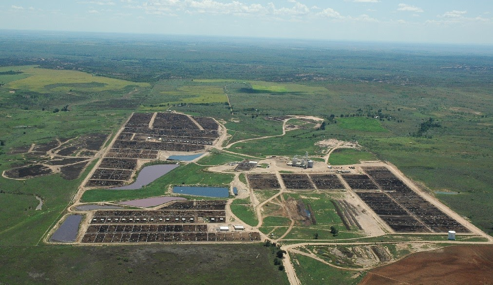 Manufactured Landscapes The Feedlots Of The Usa