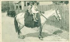 Silas Correa Leite com Cinco Anos, Irmã Caçula Clarice com três