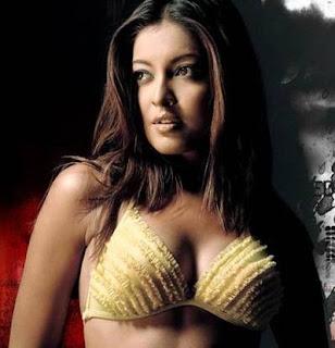 Hot Tanushree Datta
