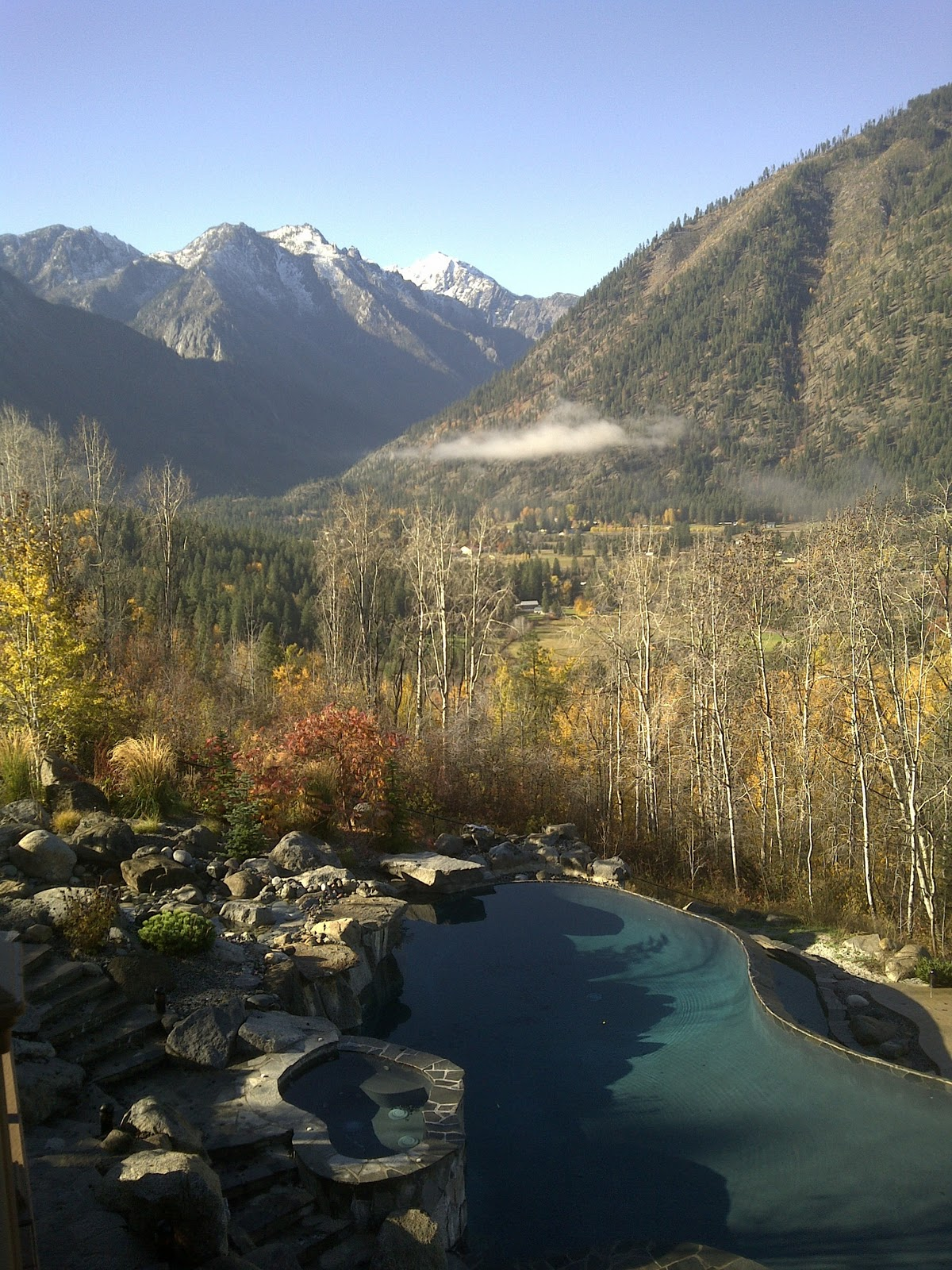 A November Morning At Red Roof Lodge In Leavenworth WA