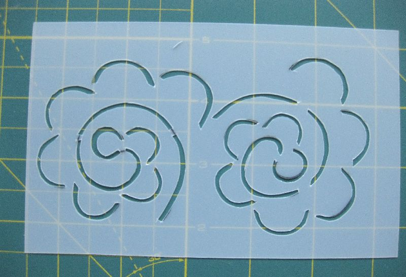 How To Use Stencils In Quilting : Shape Moth: How to make quilting stencils