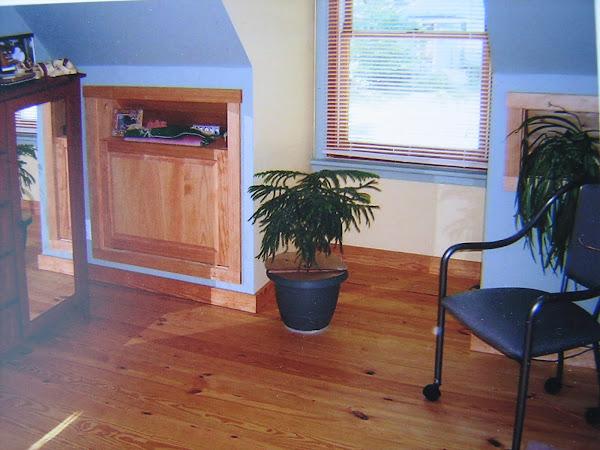 Finished attic room, pine floors, built-ins,windows