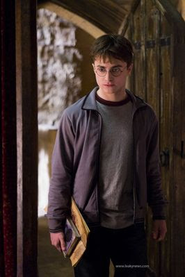 "First Look at ""Harry Potter and the Half-Blood Prince"""