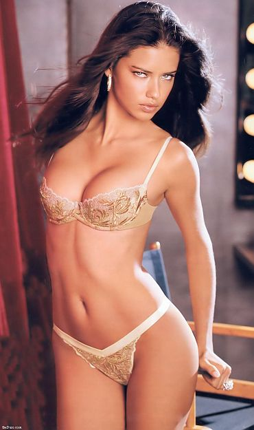 adriana lima wallpaper 2011. Adriana Lima wallpapers