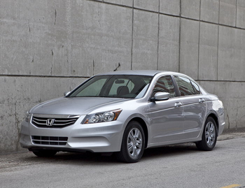 Cars Com 2011 Honda Accord Se Review One Heart