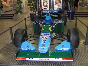 Subastan F1 de Schumacher