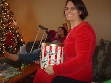 Popcorn- a Christmas Tradition!