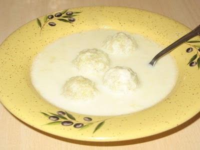 Молочный суп с клецками