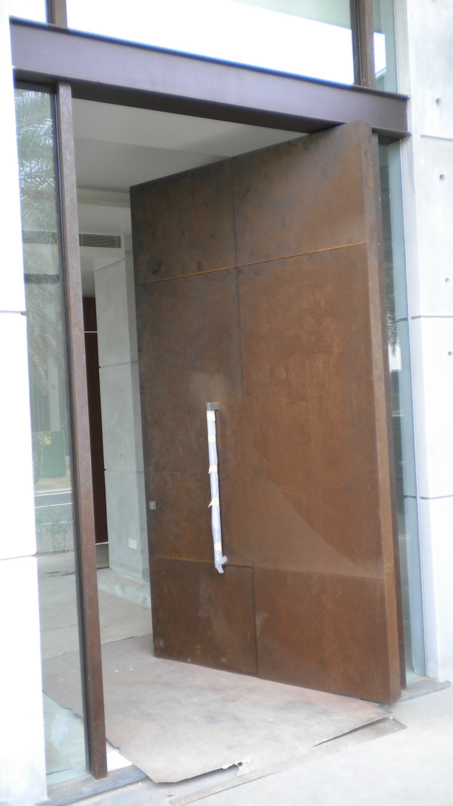 Charmant The Best Part About The Metal Corten Door Is That It Has Specially Treated,  It Will Not Rust And It Has A Smooth Surface Texture.