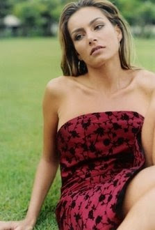 Daniele_Aguiar_dress.jpg