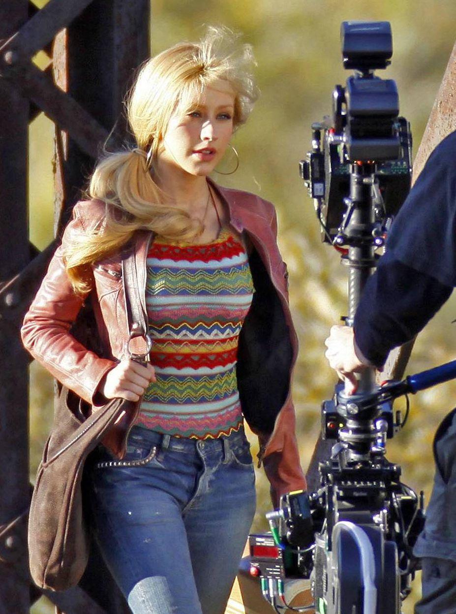 Christina Aguilera On Set