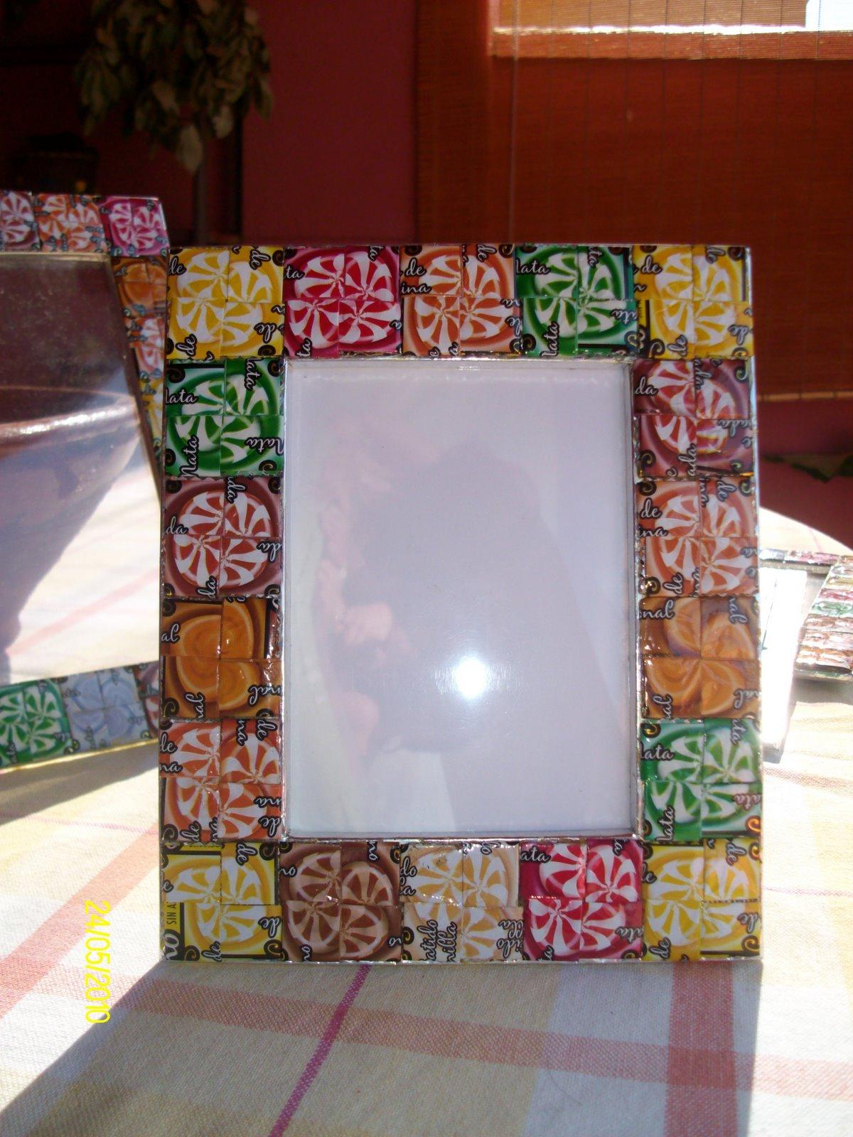 El ba l de silvia marcos de fotos con material reciclado - Marcos para cuadros originales ...