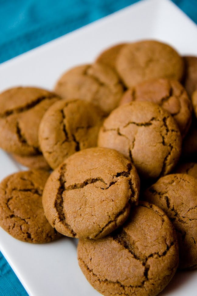 Gingersnap Cookies – Making Them Is a Snap! | Cupcake Project