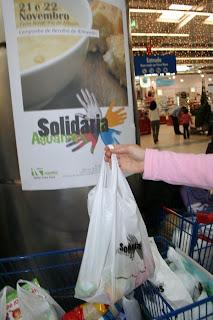 Acção de solidariedade angaria quase três toneladas de alimentos