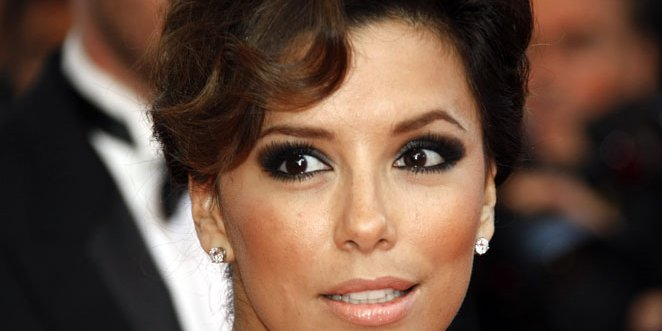 smokey eyes for prom. Apply Smoky Eye Makeup: Get