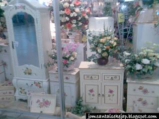 JOMSANTAISEKEJAP: HIAS RUMAH GABUNGAN IKEA & ROMANTIKA