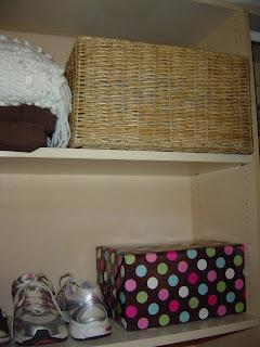 Closet shelves | organizinfmadefun.com
