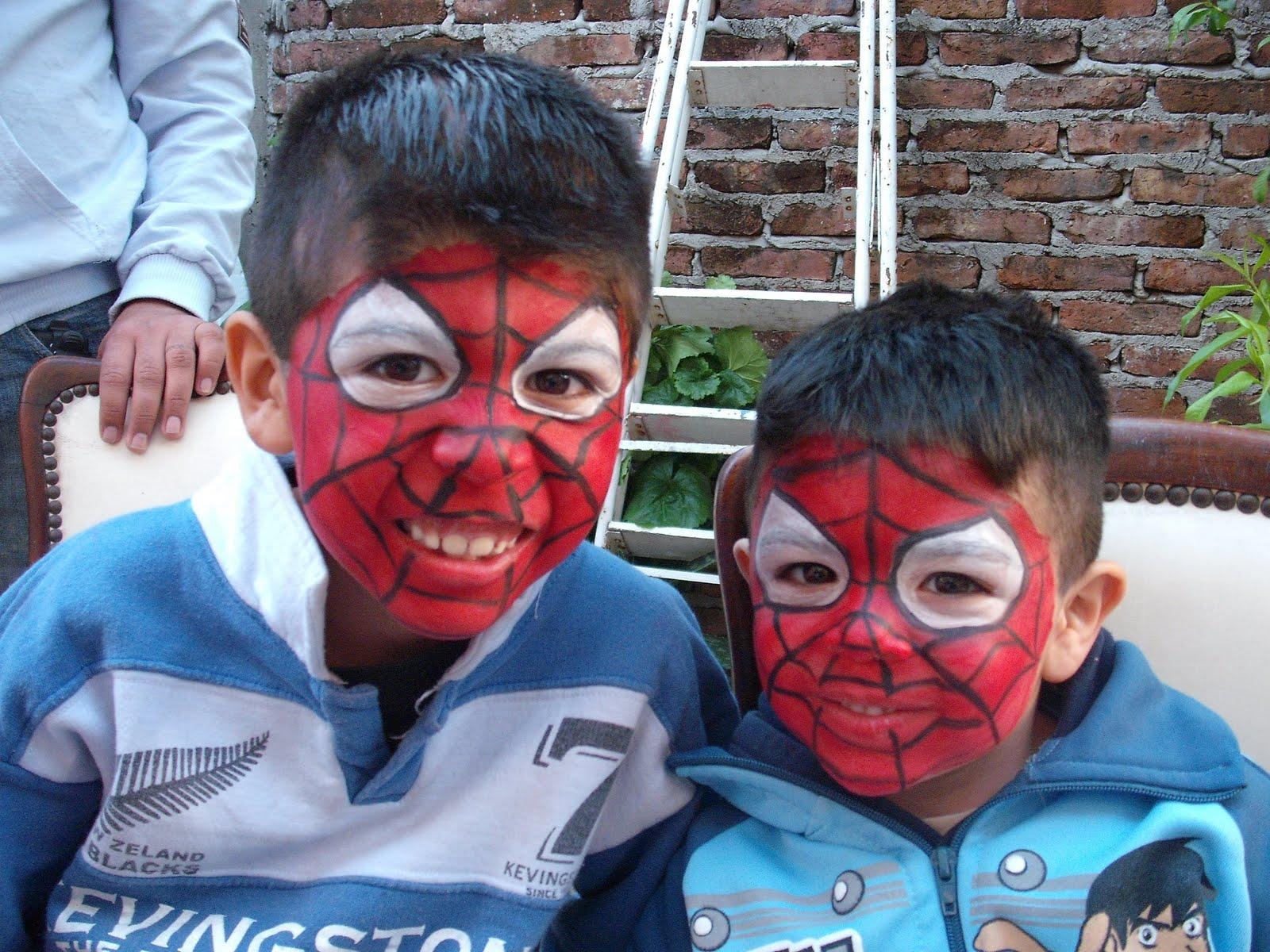 Para nenes arañitas,seripentes, hombre araña,BEN 10