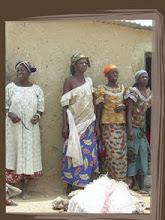 Femmes de Bilbalogo préparant le karité