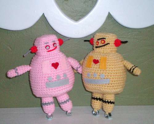 Amigurumi Robot Crochet Patterns : 2000 Free Amigurumi Patterns: Robot crochet pattern