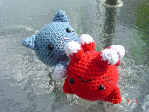 Crocheting For Cats : Click here for the free Roly Poly Cats Crochet Pattern
