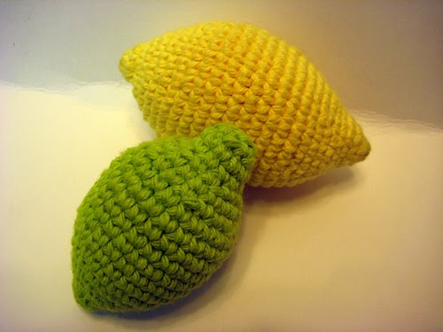 Amigurumi Lemon : 2000 Free Amigurumi Patterns: Lemon and Limes